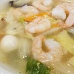 66232518 - 海老湯麺+半炒飯セット 2017.4
