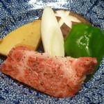 農家レストラン 愚為庵 - 炭火焼き (牛肉、シイタケ、ピーマン、ネギ、タケノコ)