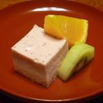 農家レストラン 愚為庵 - デザート (イチゴのムース、オレンジ、キウイ)
