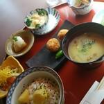 陶路子 - さつま芋ミニ懐石です1900円です。