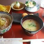 陶路子 - さつま芋ミニ懐石はこれにデザートが付きます。