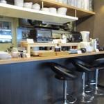 博多ごはん処 やさし屋 - こちらでの朝食はビュッフェ方式で一人700円になってます
