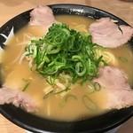 天天有 - 鶏白湯 / 690円