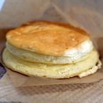 SHIROKANE   LOUNGE - モーニングセット500円のパンケーキ