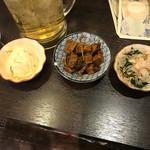 七津屋 - ポテサラ、マグロ角煮、ほうれん草