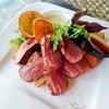 鴨肉のロースト ニンニクとオレンジ粒マスタードソース
