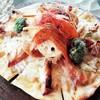 照り焼きチキンとサクサク野菜のマウンテン・ピッツァ