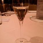 グラナダスィート 福岡 - シャンパン