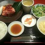 焼肉トラジ - 【名物】カルビ&ハラミMIX御膳1000円