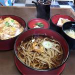 宮路 - 料理写真:カツ丼セット 950円