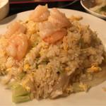 西安刀削麺酒楼 - 蝦仁炒飯 800円。