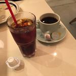 ワイアードカフェ - アイスコーヒー & ホットコーヒー