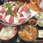 仙人小屋 - 熊焼肉定食