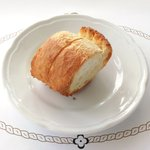 ツキ シュール ラメール - スペシャルランチ 1200円 のパン