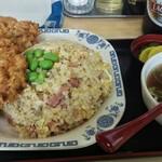 中華料理 タカノ - チャーハン唐揚げ付き700円です。