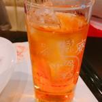 江ノ島 はろうきてぃ茶寮 - グラスもキティちゃん