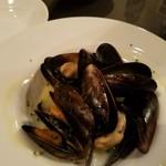 BAR食堂CORAZON - ムール貝