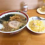 ラーメン 三味 - 料理写真:あごだしセット 830円
