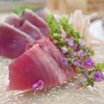 ふじ本 - 料理写真:初鰹刺身とたたき