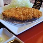 肉御殿 - イベリコ黒豚とんかつ定食