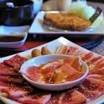 肉御殿 - 焼肉盛り合せランチ