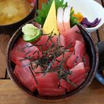 魚料理 大正 - 鮪丼