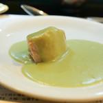 山猫軒 - 鯛のステーキそら豆ソース