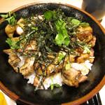 66277736 - 炭火焼鳥丼(並)