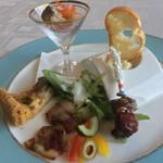 66278493 - 前菜盛り合わせ                       鱈のブランダード                       冷製ロッシーニ                       自家製ベーコンのグリル                       鯖のエスカベッシュ                       キッシュロレーヌ