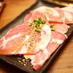 焼肉 433 - 三元豚の豚ロース
