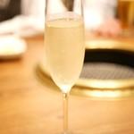 焼肉 433 - 乾杯シャンパン