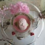 嵐山MITATE - 苺のエスプーマ バーテンダーの魔法をかけて