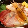 北陸魚場なおすけ - 料理写真:大漁定食の海鮮丼