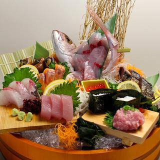 地元の各漁港で揚がったピチピチ鮮魚をお値打ち価格で!