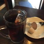 焼肉ホルモン GAT'S ガッツ - 食後のサービスコーヒー