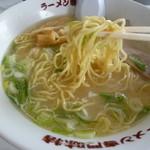 味特 - 乳化されたスープ旨しでも塩っぱい