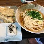 66298686 - うどん+天ぷら2品セット500円(税込)