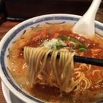すみれ - 蒙古タンメン麺箸上げ(中本より細麺)