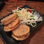 すみれ - れんこんの豚肉挟み揚げ(ライス+ミニサラダのセット価格で税別302円)