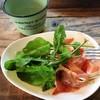 コッカボッカ - 料理写真:生ハムとルッコラのサラダ