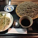 66301780 - 天然山菜の天ぷら田舎そば