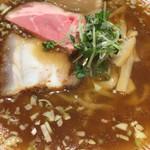 きたかた食堂 - 醤油ラーメン@750円   無化調で節系の出汁が美味い!低温調理の優しいチャーシューとよく合います!