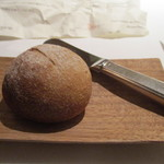 ロドラント ミノルナキジン - パン