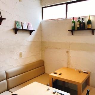落ち着いた雰囲気の隠れ家レストラン