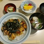 66305582 - 焼き鳥丼セット 1000円