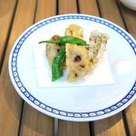 恵比寿 箸庵 - 蓮根の肉詰め天