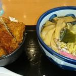 ペリカン - しょうゆラーメン・ソースカツ丼セット