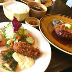 きなり食堂 - 休日きなり定食¥1728(税込)(2017/4現在) メインが2皿♪ボリューム大‼︎