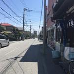 とうふ工房下田豆腐店 - お店の前の道!静かです(^^;;