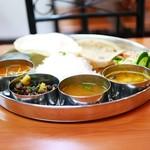 南インド料理 マハラニ - South Indian Thali